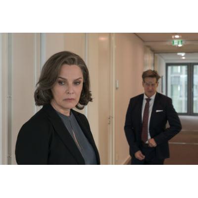 fileadmin__bilder_Bad-Banks_TV-Serie_Staffel-Badbank-c-lAAdeke_Kopie.jpg